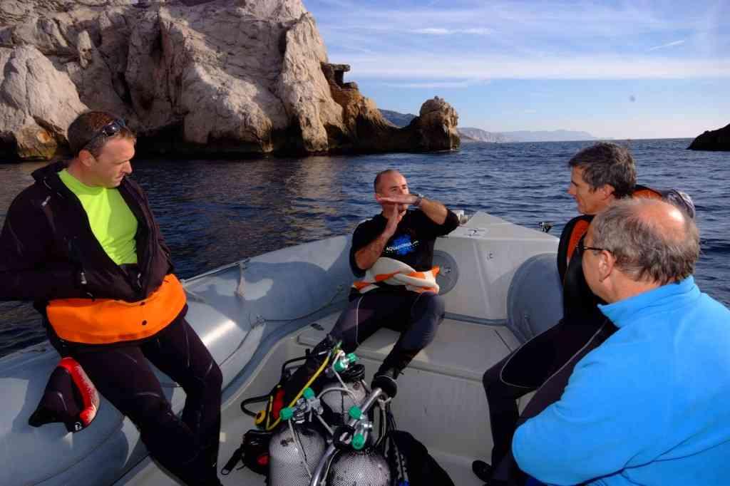 Formation plongée Marseille Parc National des Calanques. Formation professionnelle plongée
