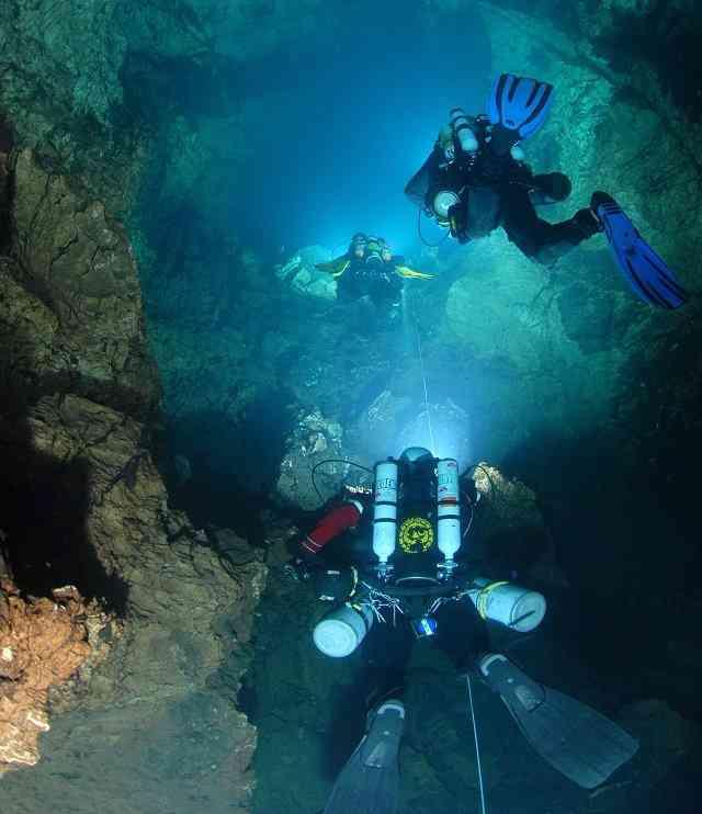 Spéléo sous-marine marseille